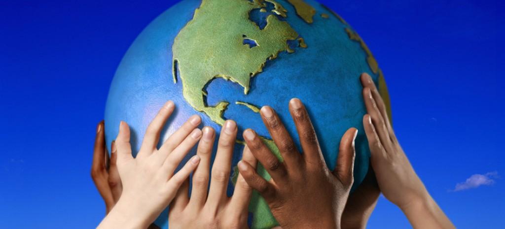 Επιδιώκουμε την παγκόσμια αδελφοσύνη και συνεργασία των λαών